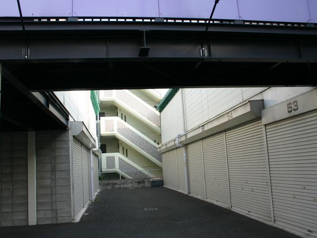 八尾青山ライゼガレージ_物件情報 1