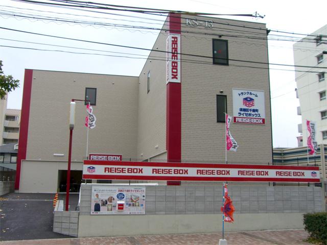 須磨区千歳町ライゼガレージ
